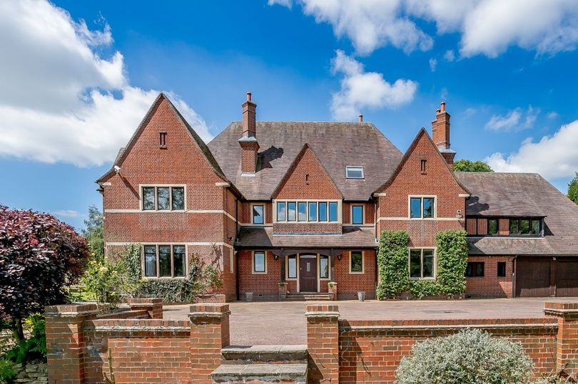High Value Houses | Leicester House Prices
